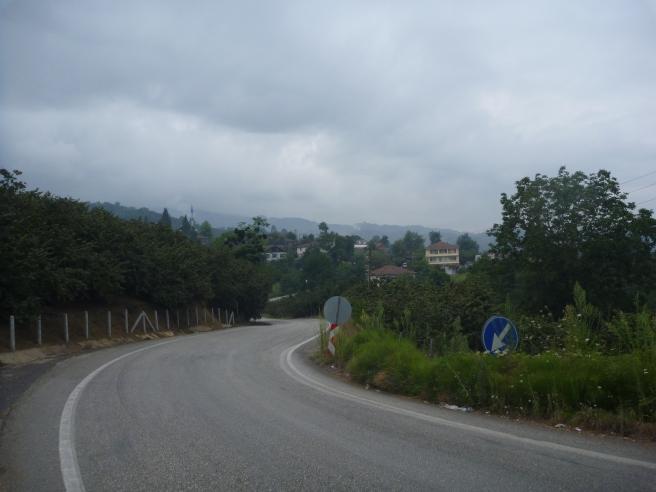 Hügellandschaft am Schwarzen Meer